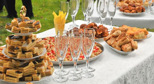 Tips to Find the Right Catering Company for Your Event - Lazzat Catering